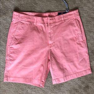 Vineyard Vines Island Shorts